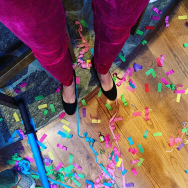 confetti all around legs