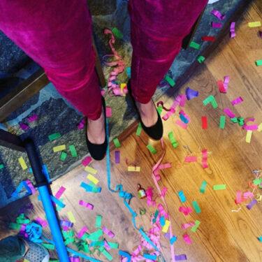 confetti all around legs